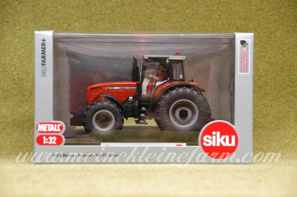 Siku 4454 plus serie Massey Ferguson 8270 1:32